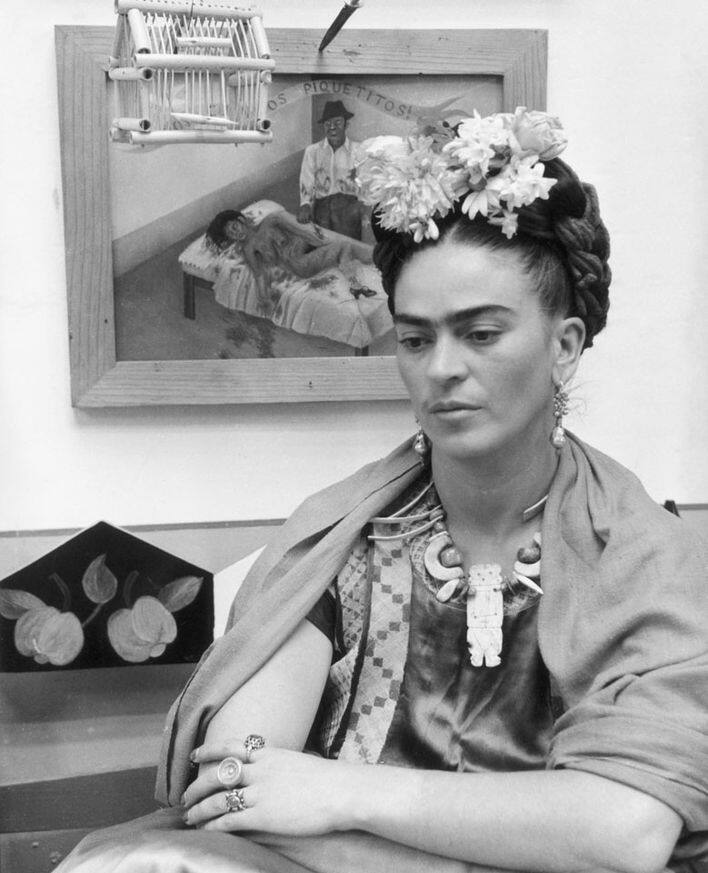 Victoria and Albert 的《 Frida Kahlo: Making Her Self Up》