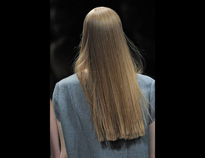 <p>Theyskens' Theory 2013 秋冬 Ready-to-wear。</p>