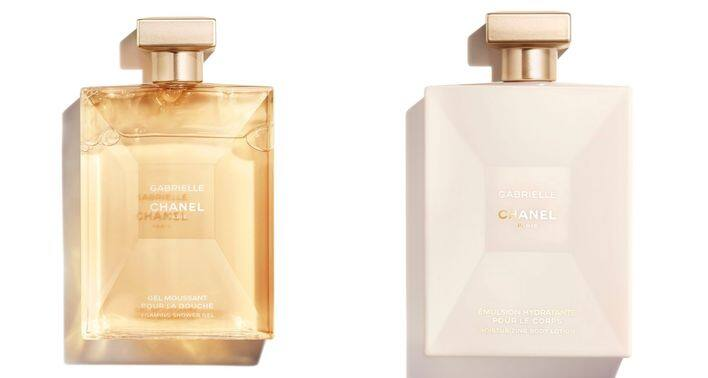 (左) GABRIELLE CHANEL FOAMING SHOWER GEL( 200 ml ) $425 (右)GABRIELLE CHANEL MOISTURISING BODY LOTION( 200 ml ) $575