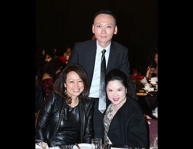 <p>Rachel Choy、BAZAAR 總編輯 Xaven Mak 及 Amorepacific Hong Kong Co. Limited Public Relations Manager Maggie Ho。</p>
