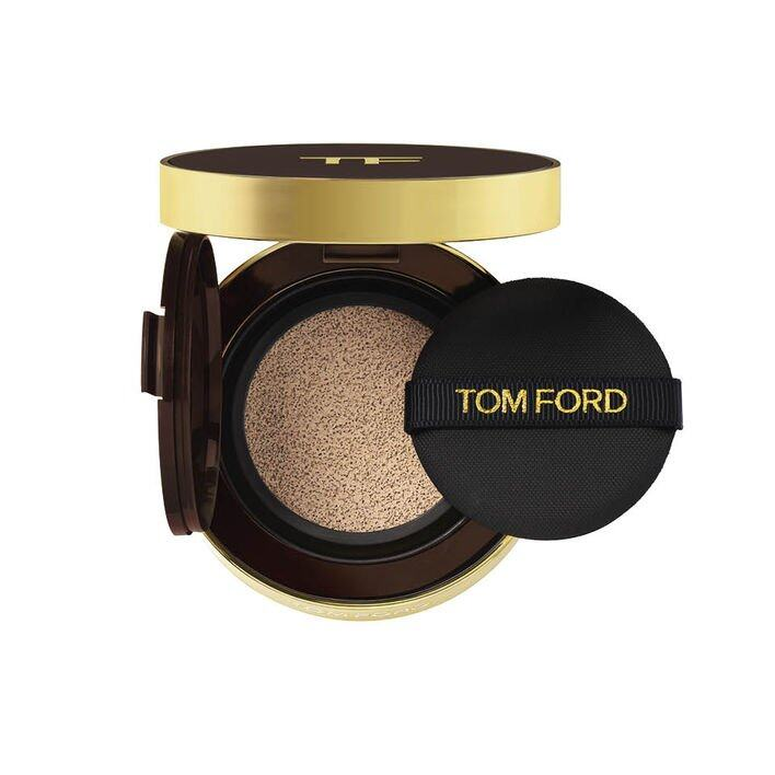 TOM FORD BEAUTY Traceless Touch Foundation SPF 45/PA++++ Satin-Matte Cushion Compact