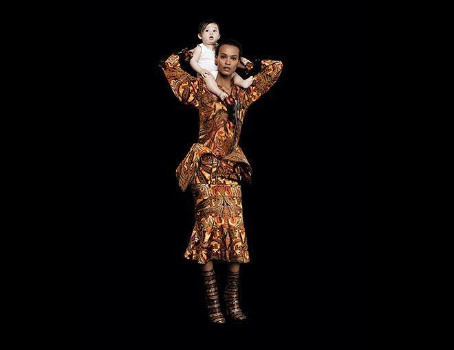 <p>Liya Kebede</p><p>The supermodel, founder of the Liya Kebede Foundation, and advocate for women and children worldwide.</p><p>Givenchy by Riccardo Tisci 印花外獨、半截裙及短靴。</p>