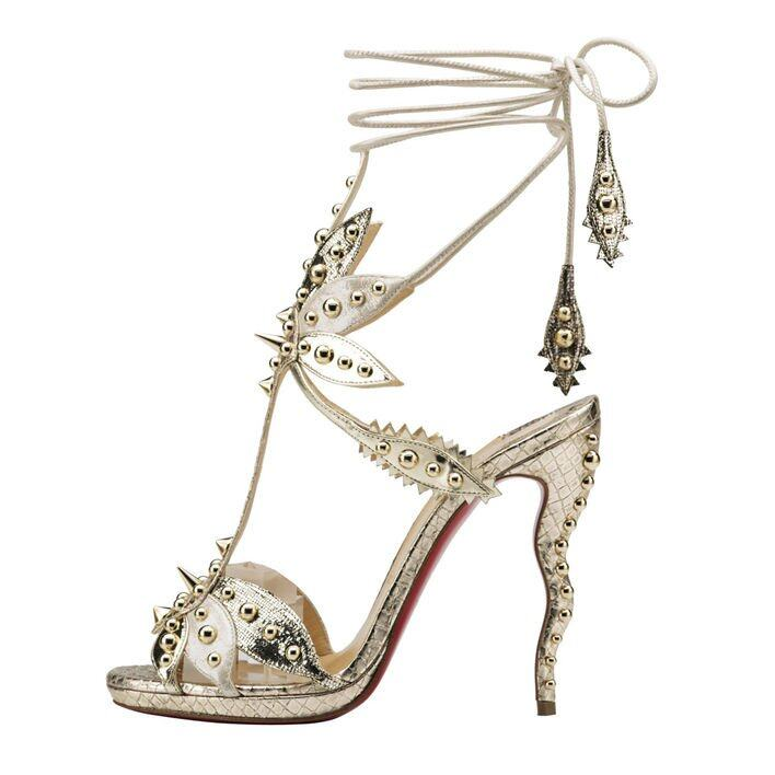 <p class='text-center ' style='text-align:center;'><b>Christian Louboutin lace up 款式涼鞋</b></p>