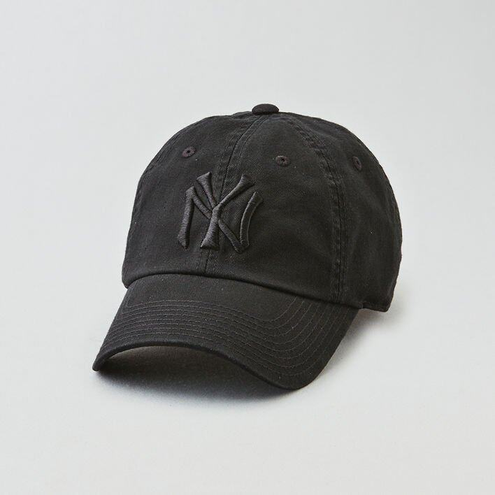 <p class='text-center ' style='text-align:center;'><b>American Eagle Outfitters 黑色 cap 帽</b></p>