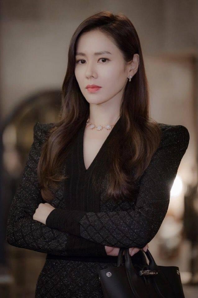 「尹世理」的名牌手袋推薦 2:Longchamp Roseau 系列手袋